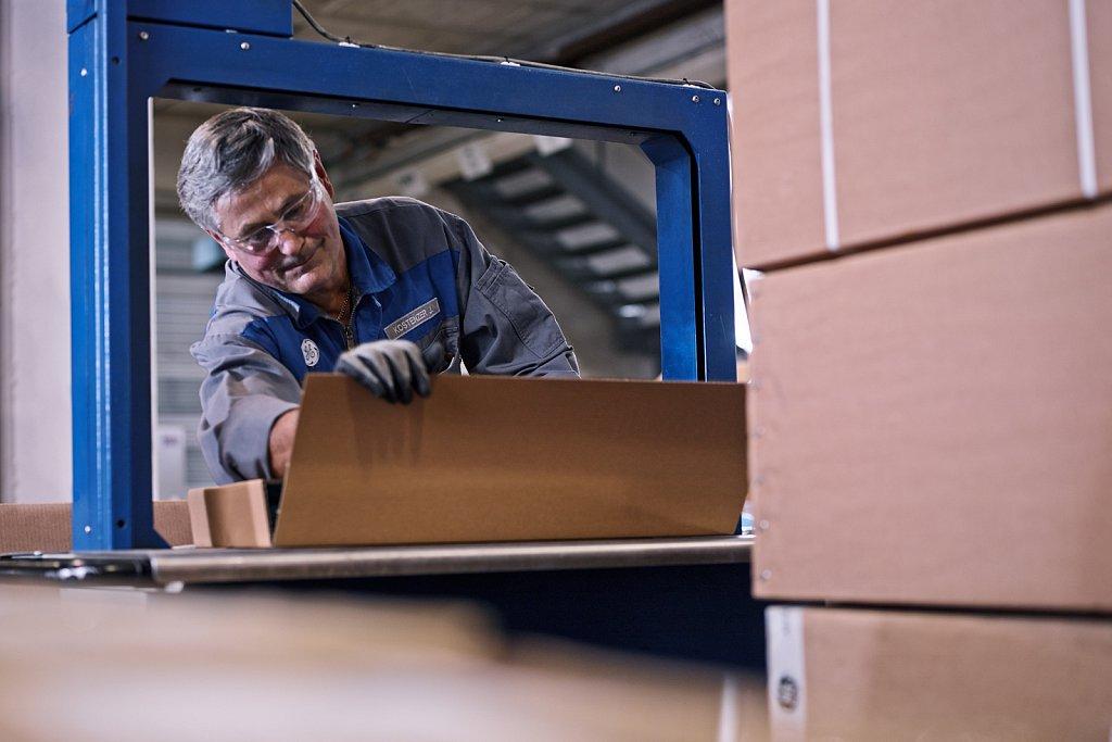 Industriefotografie-Ge-Jenbacher-Logistik-19.jpg