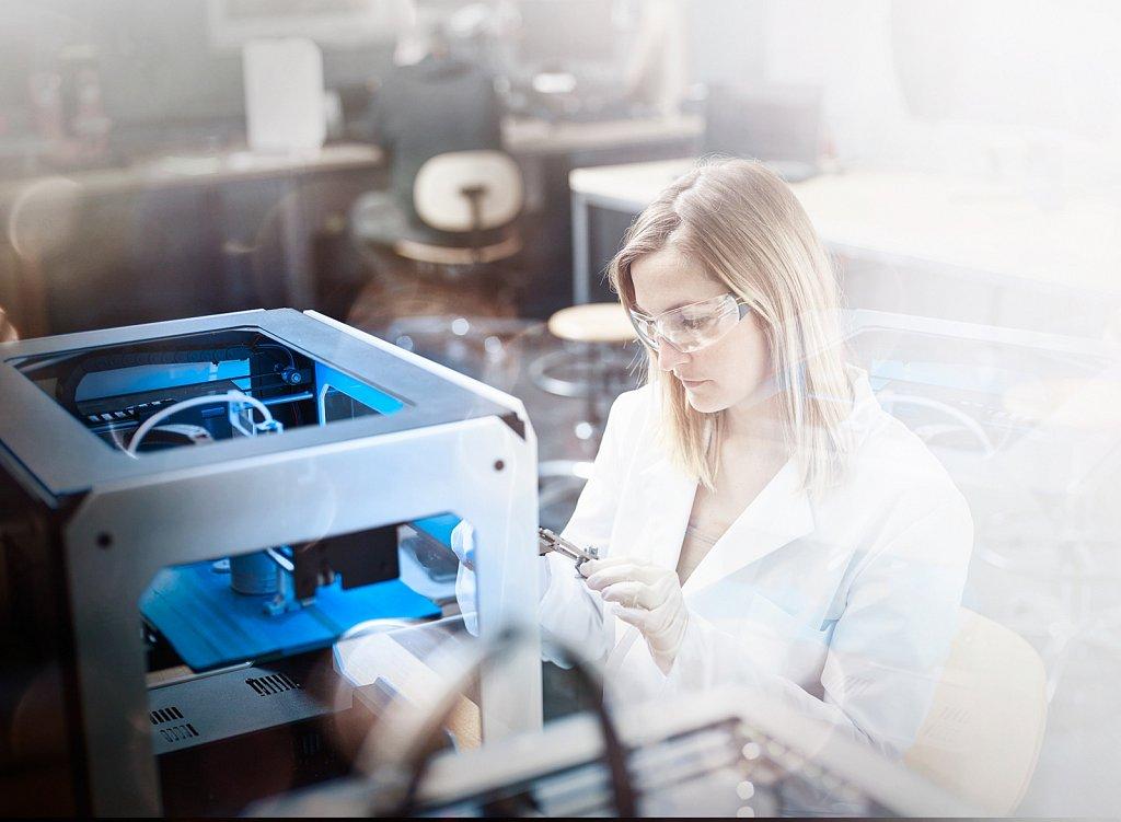 Industriefotografie-3D-Drucker-FabLab.jpg