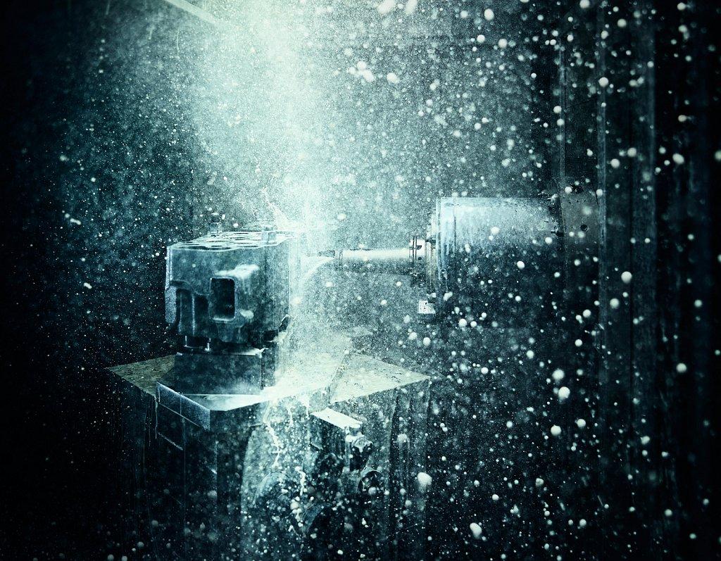Industriefotografie-CNC-Maschine.jpg