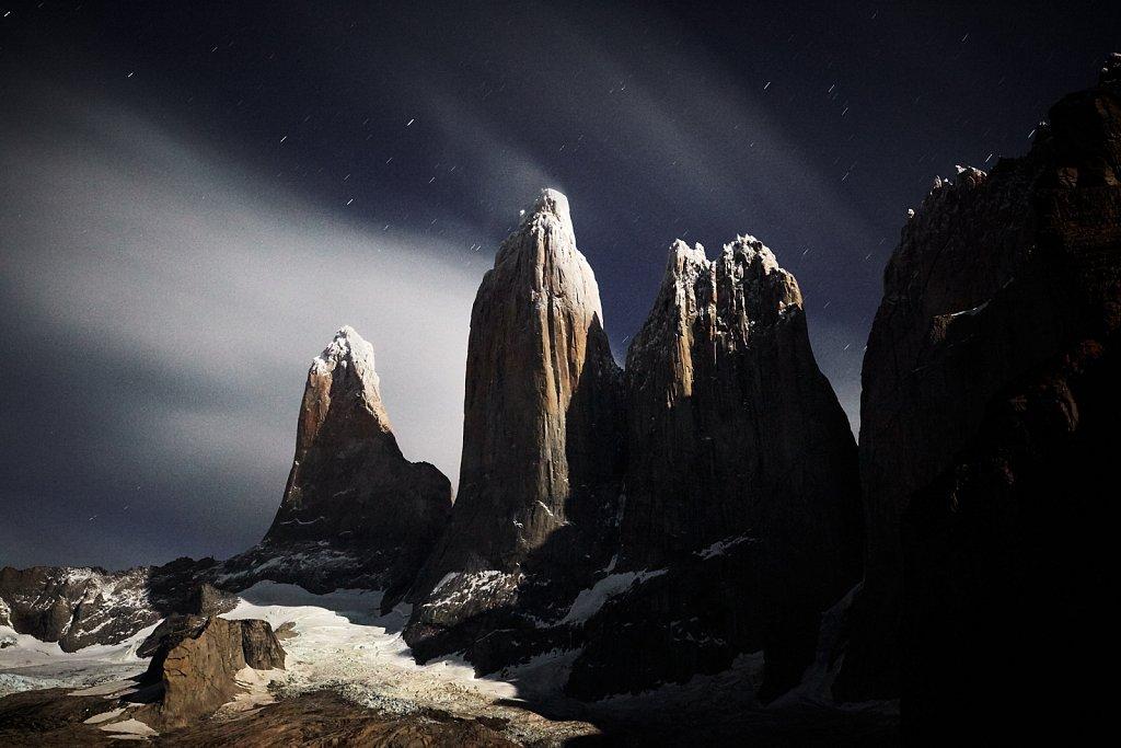 Patagonien-Torres-del-Paine-Nachtaufnahme.jpg
