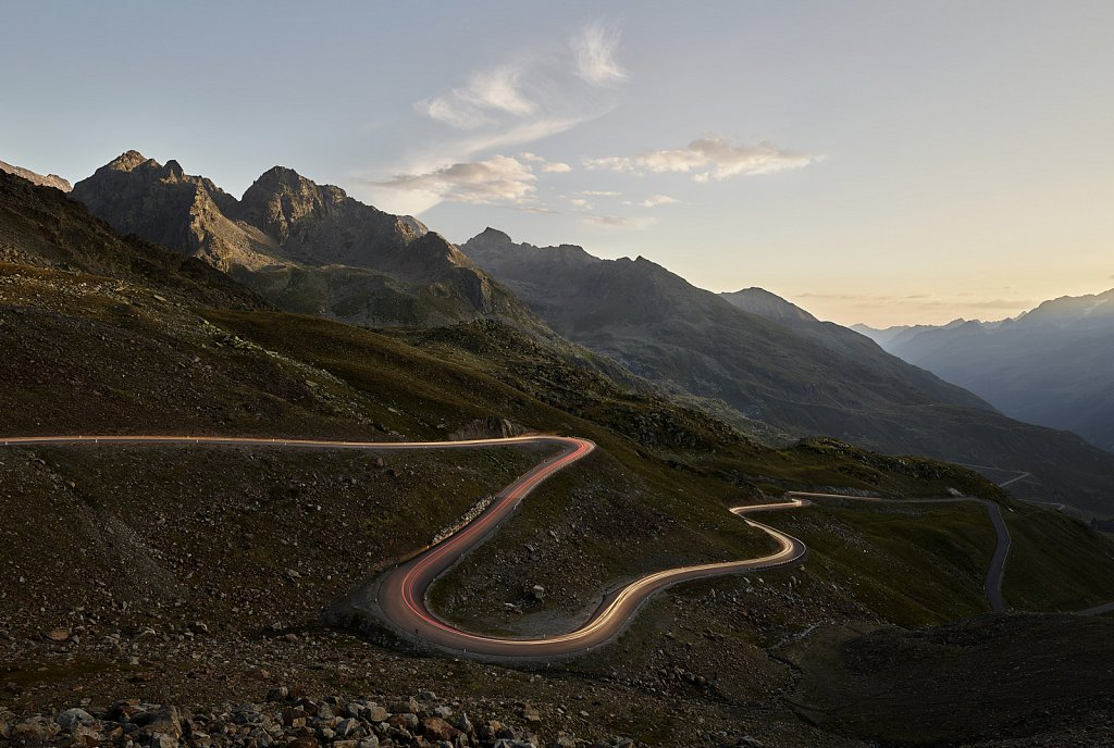 swareflex-mountainpass-road.jpg