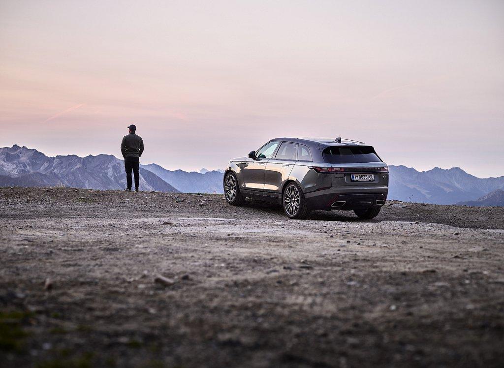 Land-Rover-Transportation-Timmelsjoch-03.jpg