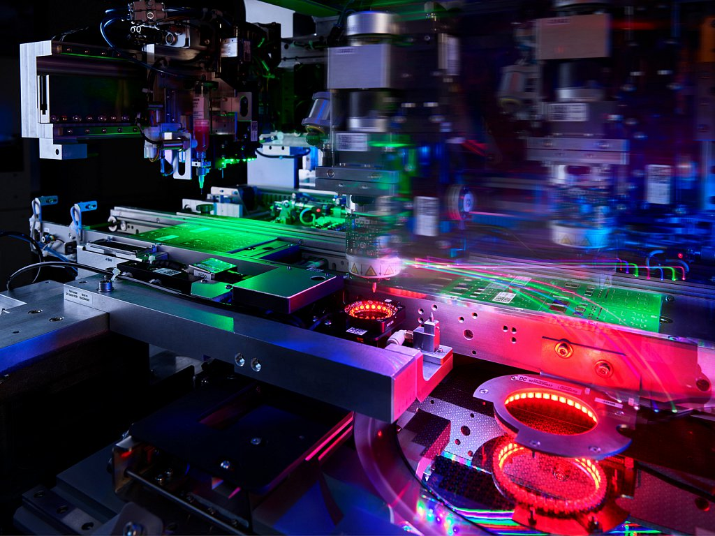 Industriefotografie-Halbleiter-besi-Datacon-03.jpg