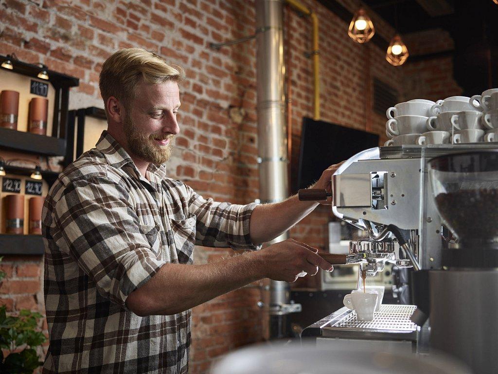 Westend61-Kaffeeroester-001.jpg